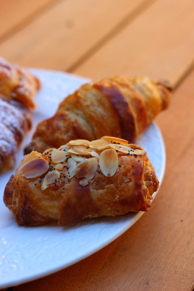 Croissant aux chocolat and crescent croissant